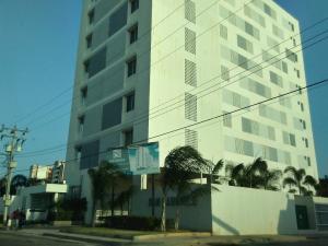Apartamento En Ventaen Maracaibo, Belloso, Venezuela, VE RAH: 20-1592