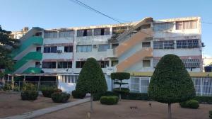 Apartamento En Alquileren Maracaibo, La Trinidad, Venezuela, VE RAH: 20-1659