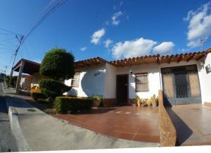 Casa En Ventaen Cabudare, La Piedad Norte, Venezuela, VE RAH: 20-1683