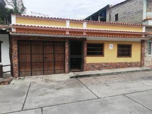 Casa En Ventaen Tovar, San Jose, Venezuela, VE RAH: 20-1757