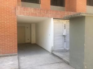 Apartamento En Ventaen Caracas, Los Naranjos Humboldt, Venezuela, VE RAH: 20-1769