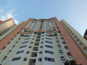 Apartamento En Ventaen Valencia, Las Chimeneas, Venezuela, VE RAH: 20-1791