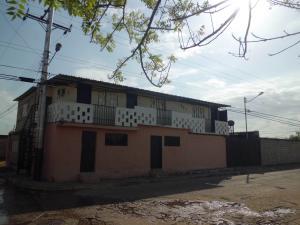 Casa En Ventaen Tinaquillo, Villas El Encanto, Venezuela, VE RAH: 20-1794