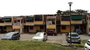 Apartamento En Ventaen Cabudare, Parroquia Agua Viva, Venezuela, VE RAH: 20-1962