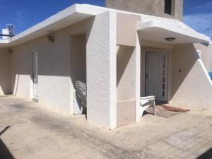 Casa En Ventaen Punto Fijo, Puerta Maraven, Venezuela, VE RAH: 20-1884