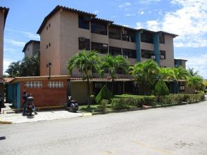Apartamento En Ventaen Margarita, Porlamar, Venezuela, VE RAH: 20-1924