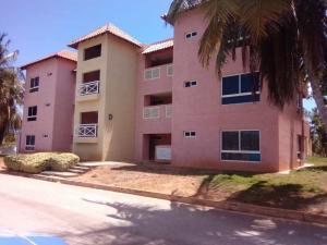 Apartamento En Ventaen Margarita, Pampatar, Venezuela, VE RAH: 20-1958