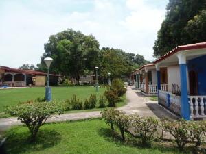 Local Comercial En Ventaen San Felipe, San Felipe, Venezuela, VE RAH: 20-1960
