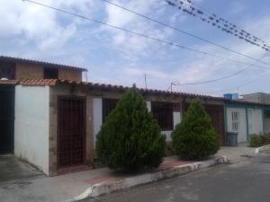 Casa En Ventaen Quibor, Municipio Jimenez, Venezuela, VE RAH: 20-1963