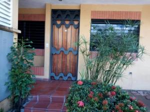 Apartamento En Ventaen Cabudare, Parroquia Agua Viva, Venezuela, VE RAH: 20-1971