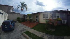 Casa En Ventaen Cabudare, Parroquia Cabudare, Venezuela, VE RAH: 20-1988