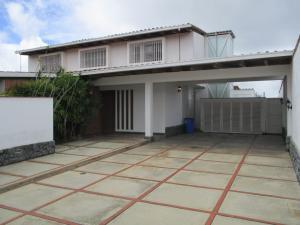 Casa En Ventaen Caracas, Lomas De La Lagunita, Venezuela, VE RAH: 20-2003