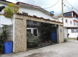 Casa En Ventaen Los Teques, Los Teques, Venezuela, VE RAH: 20-2021