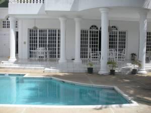 Casa En Ventaen Caracas, Los Naranjos Del Cafetal, Venezuela, VE RAH: 20-2037