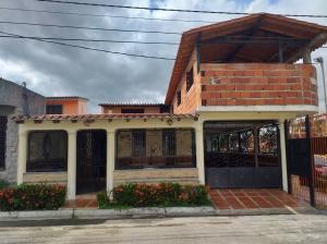 Casa En Ventaen San Felipe, San Felipe, Venezuela, VE RAH: 20-2073