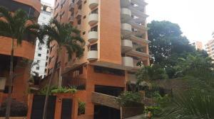 Apartamento En Ventaen Valencia, La Trigaleña, Venezuela, VE RAH: 20-2130