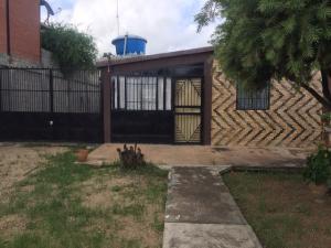 Casa En Ventaen Barquisimeto, Parroquia El Cuji, Venezuela, VE RAH: 20-2194