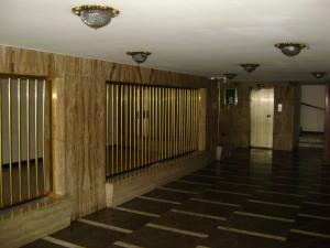 Apartamento En Ventaen Caracas, El Marques, Venezuela, VE RAH: 20-2632