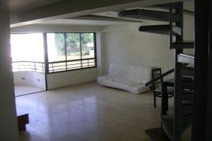 Apartamento En Ventaen Caracas, Las Mercedes, Venezuela, VE RAH: 20-2626