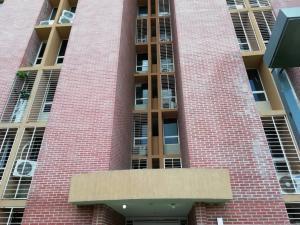 Apartamento En Ventaen Caracas, El Encantado, Venezuela, VE RAH: 20-2397