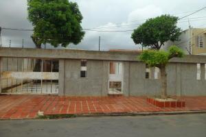 Casa En Ventaen Municipio San Francisco, La Coromoto, Venezuela, VE RAH: 20-2271