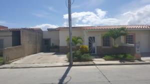 Casa En Ventaen Guacara, Ciudad Alianza, Venezuela, VE RAH: 20-2375