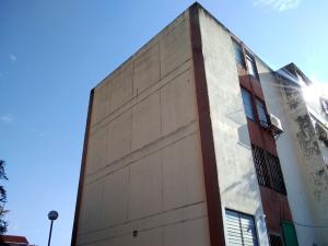 Apartamento En Ventaen Cabudare, Parroquia Cabudare, Venezuela, VE RAH: 20-2377