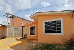 Casa En Ventaen Barquisimeto, Hacienda Yucatan, Venezuela, VE RAH: 20-2391