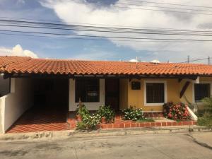 Casa En Ventaen Cabudare, Villa Roca, Venezuela, VE RAH: 20-2469