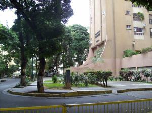 Apartamento En Ventaen Caracas, El Paraiso, Venezuela, VE RAH: 20-2470
