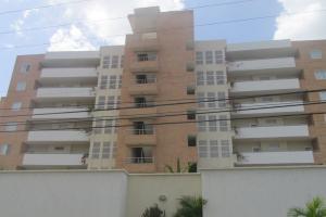 Apartamento En Ventaen Higuerote, Agua Sal, Venezuela, VE RAH: 20-2500