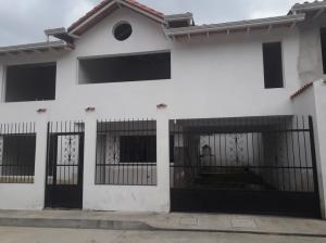 Townhouse En Ventaen Bailadores, Sector Chita, Venezuela, VE RAH: 20-2556