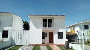 Casa En Alquileren Cabudare, Parroquia Cabudare, Venezuela, VE RAH: 20-2611