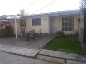 Casa En Ventaen Barquisimeto, Parroquia Catedral, Venezuela, VE RAH: 20-2584