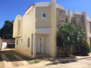 Townhouse En Ventaen Maracaibo, Canchancha, Venezuela, VE RAH: 20-2651