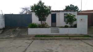 Casa En Ventaen Barquisimeto, Parroquia El Cuji, Venezuela, VE RAH: 20-2666