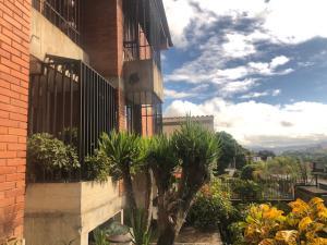 Casa En Ventaen Caracas, Santa Sofia, Venezuela, VE RAH: 20-2712