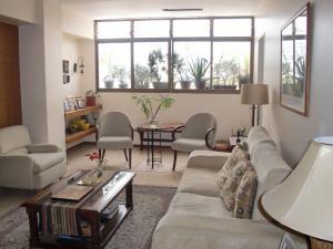 Apartamento En Ventaen Caracas, Colinas De Bello Monte, Venezuela, VE RAH: 20-2790
