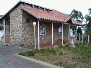 Casa En Ventaen El Junquito-Vargas, El Junko Country Club, Venezuela, VE RAH: 20-2715