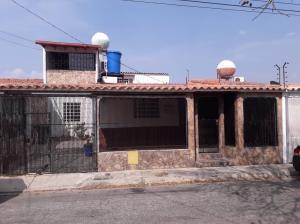 Casa En Ventaen Cabudare, Parroquia José Gregorio, Venezuela, VE RAH: 20-2721