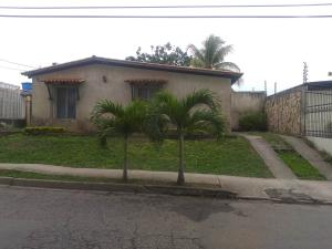 Casa En Ventaen Cabudare, Parroquia José Gregorio, Venezuela, VE RAH: 20-2764