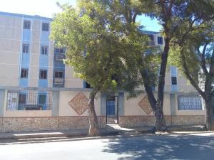 Apartamento En Ventaen Maracaibo, Avenida Goajira, Venezuela, VE RAH: 20-2778