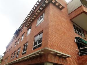 Apartamento En Ventaen Caracas, Colinas De Bello Monte, Venezuela, VE RAH: 20-2877