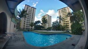 Apartamento En Ventaen Valencia, El Bosque, Venezuela, VE RAH: 20-2852