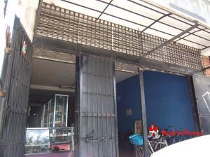 Local Comercial En Ventaen La Victoria, Avenida Victoria, Venezuela, VE RAH: 20-2838
