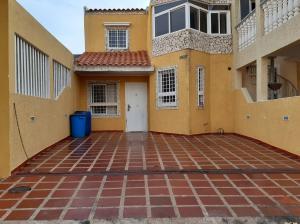 Townhouse En Ventaen Maracaibo, Santa Fe, Venezuela, VE RAH: 20-2857