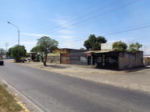Terreno En Ventaen Acarigua, Barrio Bolivar, Venezuela, VE RAH: 20-2892