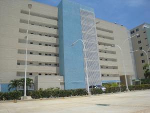 Apartamento En Ventaen Higuerote, Agua Sal, Venezuela, VE RAH: 20-2895