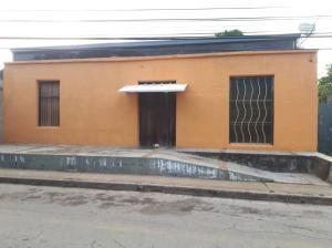 Casa En Ventaen Margarita, Avenida 31 De Julio, Venezuela, VE RAH: 20-2929