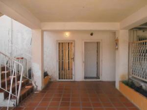 Apartamento En Ventaen Ciudad Ojeda, Avenida Vargas, Venezuela, VE RAH: 20-3000